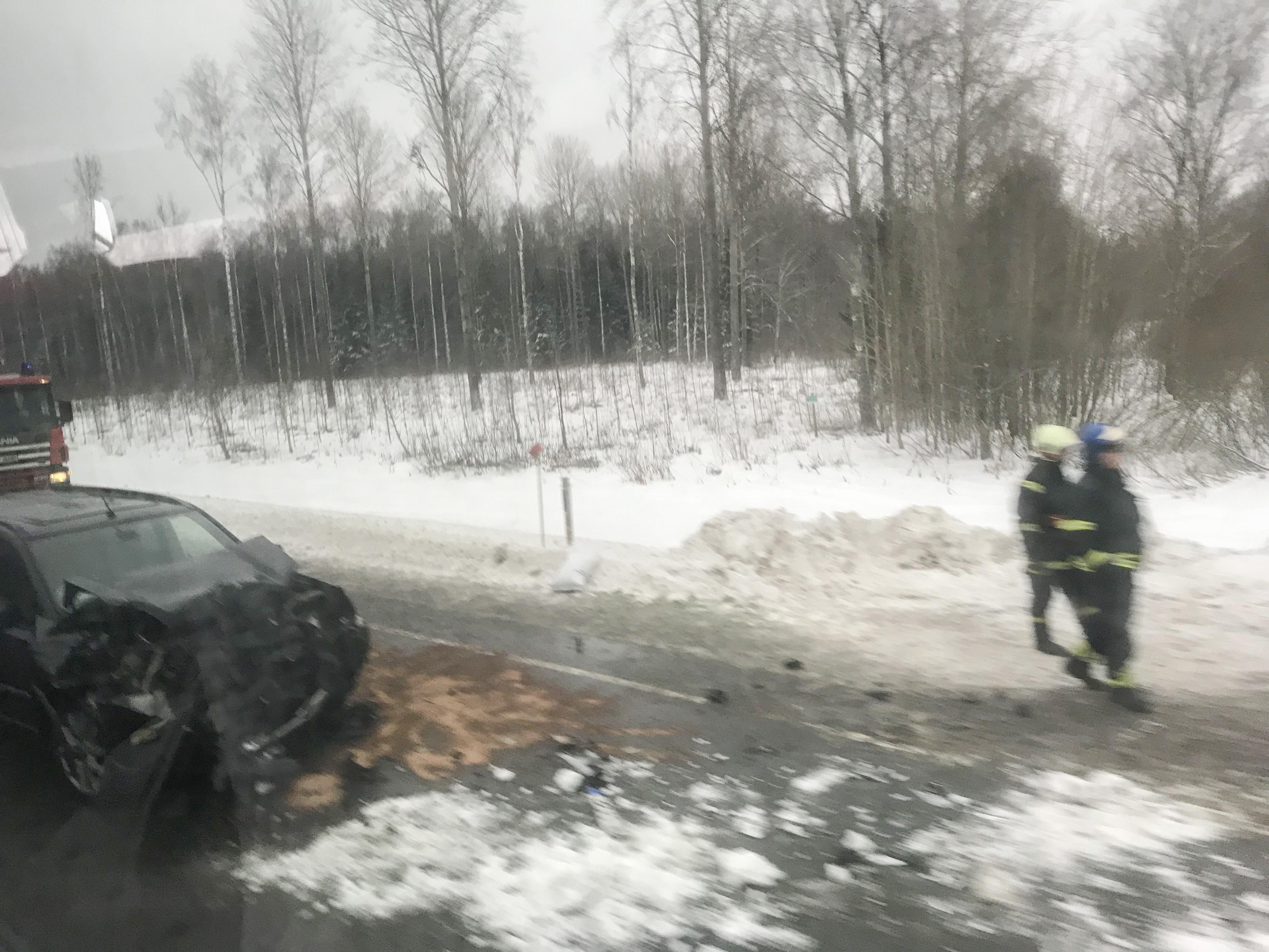 55b486c3bf2 PILDID: Uus avarii Tallinna maanteel Laeva ligidal - Lõunaeestlane